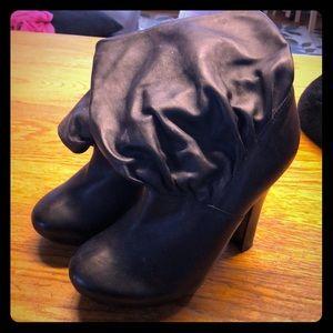 Aldo slouch boots size 8 black